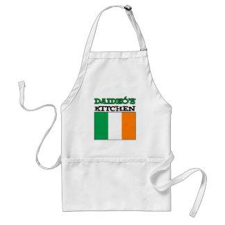 La cuisine de Daideo avec le drapeau de l'Irlande Tablier