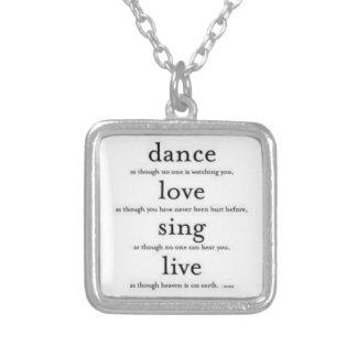 La danse, amour, chantent, vivant pendentif carré