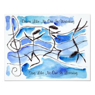 La danse de danseurs de note de musique chantent carton d'invitation 10,79 cm x 13,97 cm
