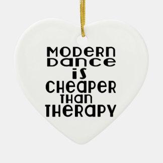 La danse moderne est meilleur marché que la ornement cœur en céramique