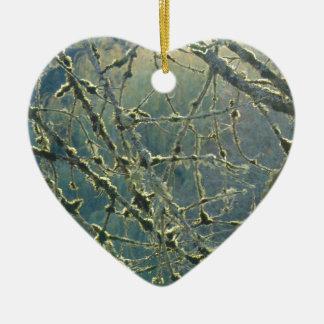 La dentelle de la nature ornement cœur en céramique