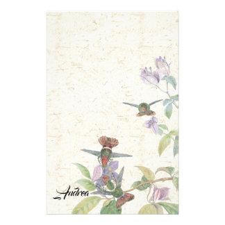 La faune d'oiseaux de colibri fleurit la papeterie