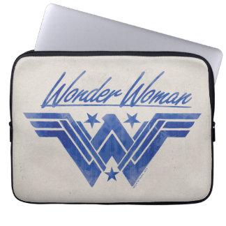 La femme de merveille a empilé le symbole housse pour ordinateur portable