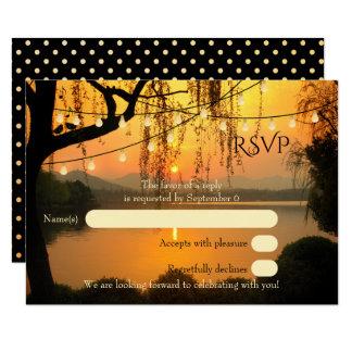 La ficelle d'arbre allume le coucher du soleil carton d'invitation 8,89 cm x 12,70 cm