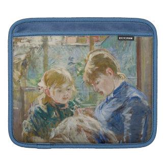 La fille de l'artiste, Julie, avec sa bonne Poches Pour iPad