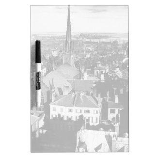 La flèche ornementée d'une église à Boston Tableaux Effaçables Blancs