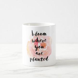 La fleur où vous êtes aquarelle plantée s'est mug