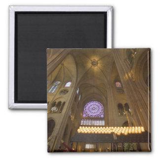 La France, Paris. Intérieur de cathédrale de Notre Magnet Carré