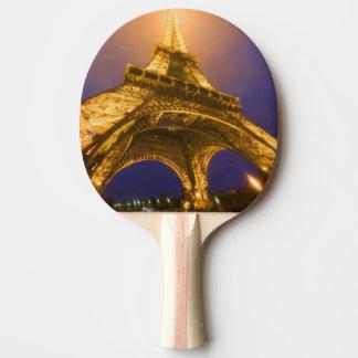 La France, Paris. Recherche de la base d'Eiffel Raquette Tennis De Table