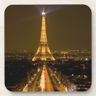 La France, Paris. Vue de nuit de Tour Eiffel Dessous-de-verre