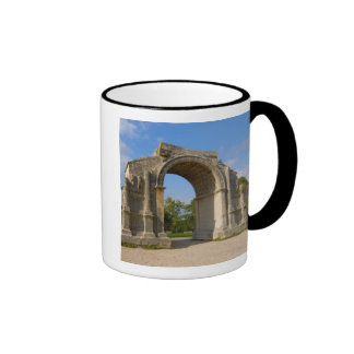 La France, St Remy De Provence, voûte triomphale Mug Ringer