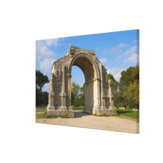 La France, St Remy De Provence, voûte triomphale Toiles Tendues
