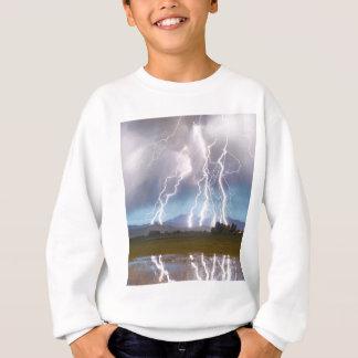 La frappe de foudre désire ardemment les collines sweatshirt