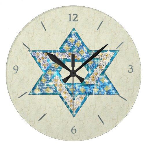 La gemme dessinée par souris a décoré l'étoile de  pendules