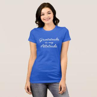 La gratitude est mes femmes d'attitude bleues t-shirt