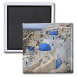 La Grèce, Santorini. Tour de Bell et dômes bleus d Magnet Carré