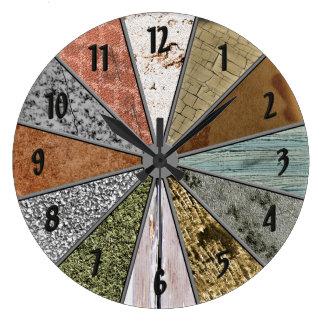 La grunge colorée de motifs géniaux donne à grande horloge ronde