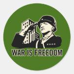 La guerre est liberté adhésifs ronds