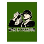 La guerre est liberté carte postale