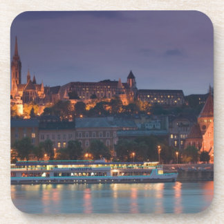 La HONGRIE, Budapest : Colline de château, église  Sous-bock