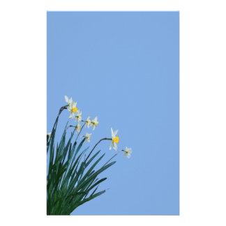 La jonquille fleurit la papeterie