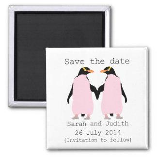 La lesbienne, pingouins tenant des mains font gagn magnet carré