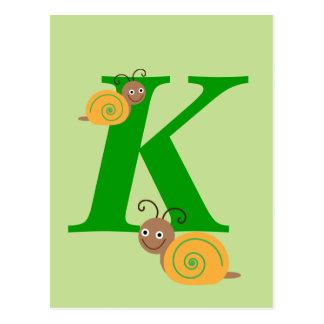 La lettre K Brian de monogramme l'escargot badine Carte Postale