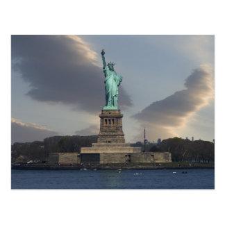 La liberté opacifie la carte postale