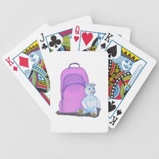 La licorne bourrée se repose par un sac à dos jeu de cartes