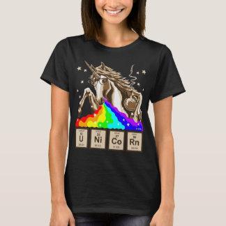 La licorne de chimie vomit l'arc-en-ciel t-shirt