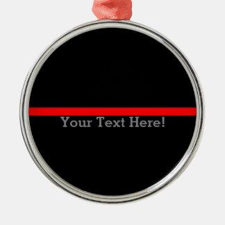 La ligne rouge mince symbolique votre texte sur le ornement rond argenté