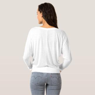 La longue douille des femmes outre de l'épaule t-shirt