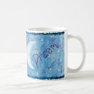 La lune céleste rêveuse tient le premier rôle la mug