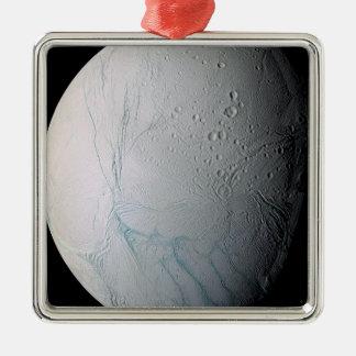 La lune Enceladus 2 de Saturn Ornement Carré Argenté
