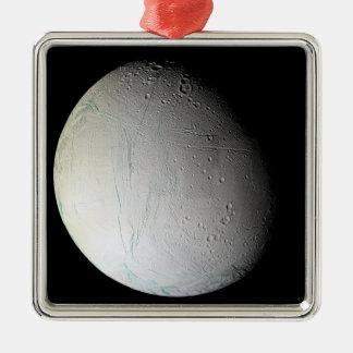 La lune Enceladus 3 de Saturn Ornement Carré Argenté