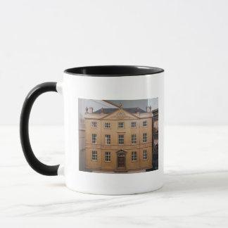 La maison de poupée, style néoclassique d'Adam, Mugs