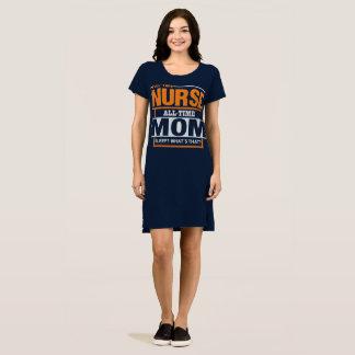 La maman d'infirmières apparaissent T-shirt