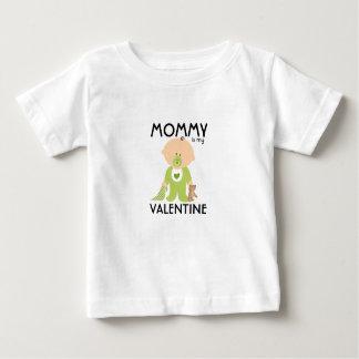 La maman est mon T-shirt d'enfants de date de