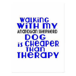 La marche avec mon chien anatolien de chien de cartes postales