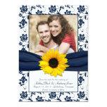 La marine et la damassé florale blanche sauvent invitations personnalisées