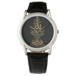 La montre en cuir noire classique des hommes avec