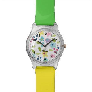 La montre géniale colorée de fille de fleurs