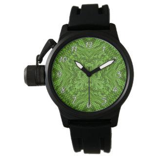 La montre vintage des hommes colorés verts allants