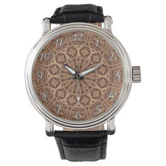 La montre vintage des hommes tordus de corde