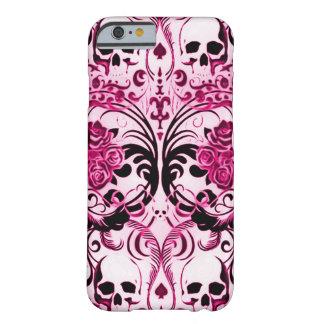 La mort de rose de crâne de Skully Coque iPhone 6 Barely There