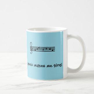 La musique m'incite à chanter mug