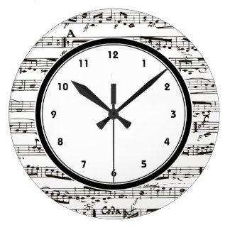La musique noire et blanche note l'horloge avec de