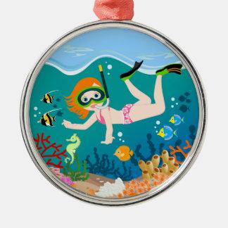 La nageuse de fille a une fête d'anniversaire ornement rond argenté