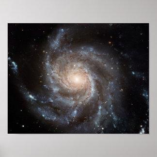 La NASA de galaxie en spirale du soleil M101 Posters