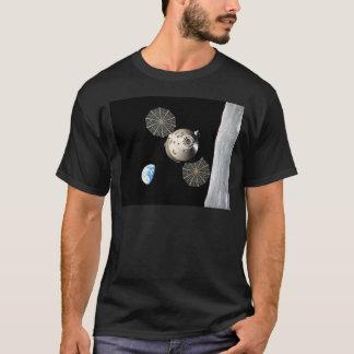La NASA Orion dans l'orbite lunaire T-shirt